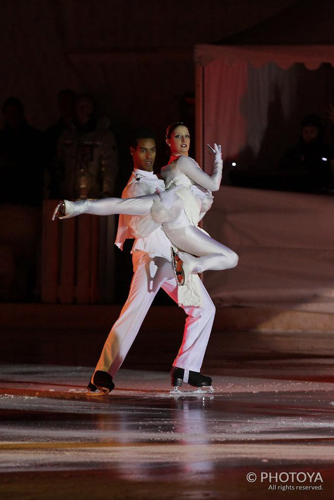 Art on Ice Dancers