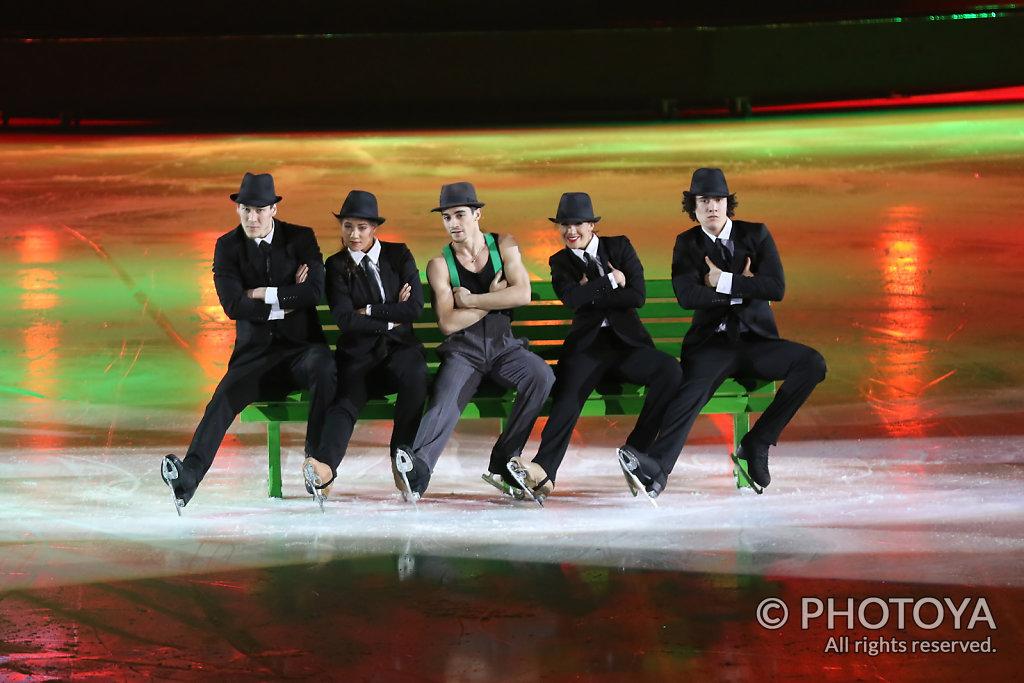 Javier Fernandez & Art on Ice Dancers
